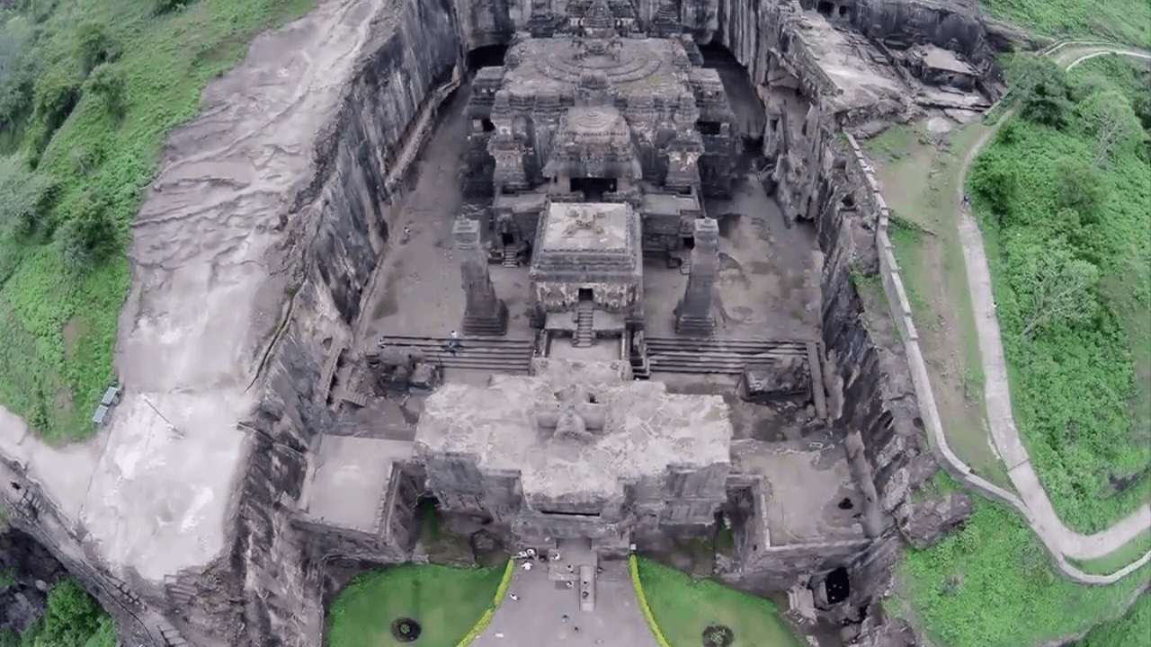 This Temple Was Carved Out Of A Single Rock – Nobody Knows How 'The Builders' Made It 12