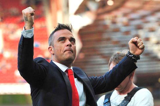 Robbie Williams to build UFO spotting base 35