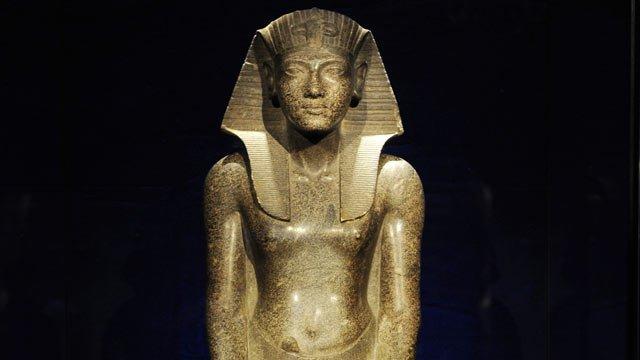 Mystery of King Tut's death solved? 101