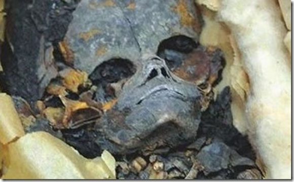 Extraterrestrial Mummy Found In Egypt 97