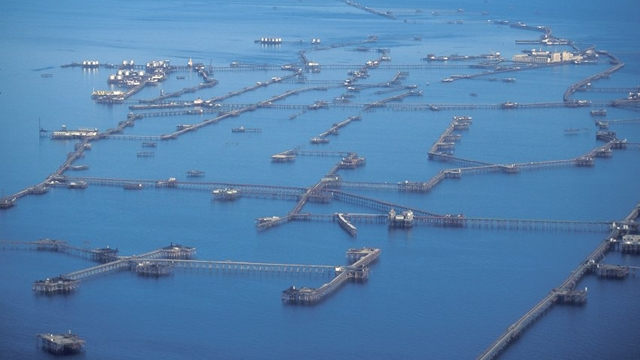 Remembering Neft Dashlari, Stalin's utopian ocean city made from oil and steel 90