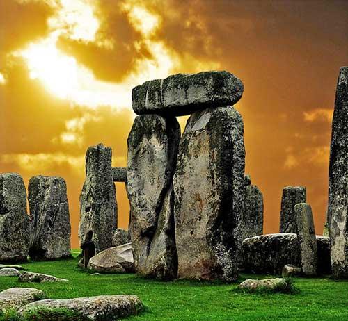 Mysterious Places Stonehenge: Six Stonehenge Mysteries