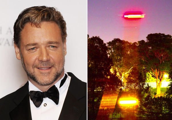 Russell Crowe captures 'UFO' on video 20