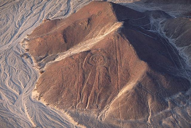 Puzzling Feature of Nazca Glyphs 26