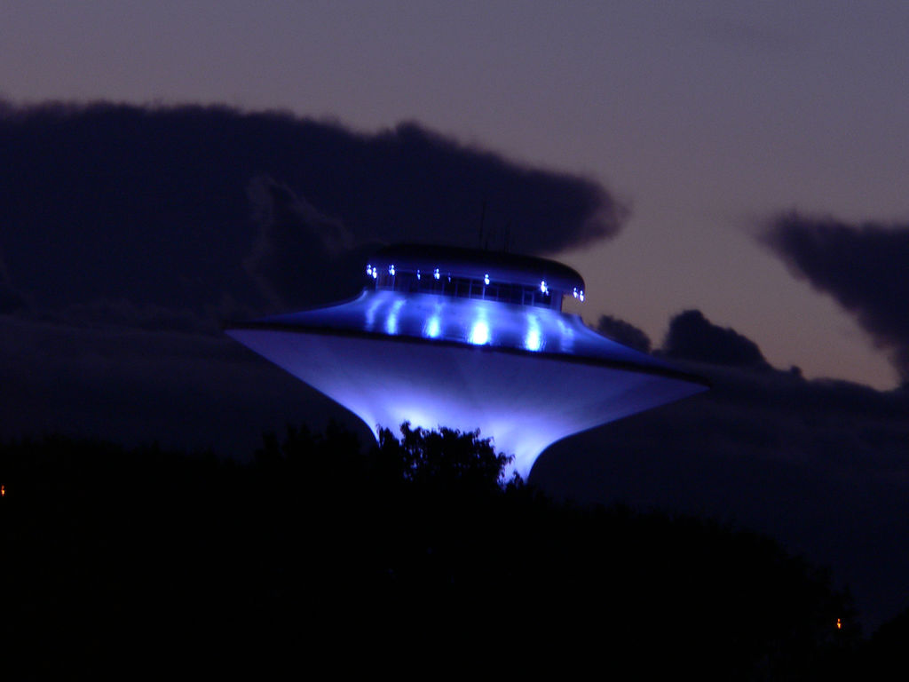 Top 10 UFO sightings: from Roswell to a pub in Berkshire 1