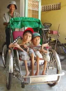anh-trang-nhan-hoi-anh-orphanage