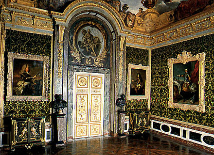 L'affaire des franges: A Versailles Mystery 86