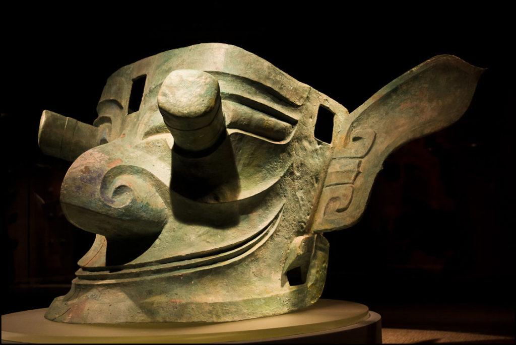 bronze mask, Sanxingdui museum