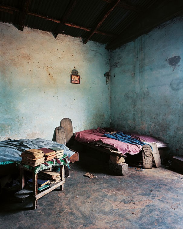 16 Children And Their Bedrooms From Across The World.  This Will Open Your Eyes 46