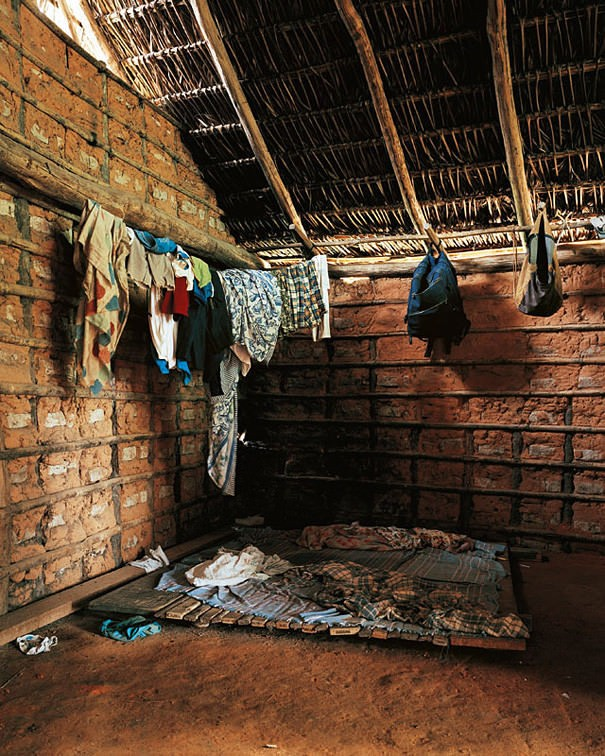16 Children And Their Bedrooms From Across The World. This Will Open Your Eyes 37