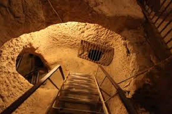 Massive Underground City Discovered Beneath House-Could Accommodate Over 20,000 People-13 Stories Deep, 13,000 Air Shafts and Much More