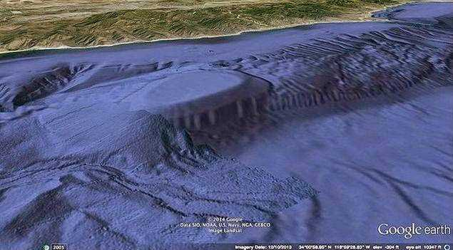 Massive Underwater Entrance Discovered Off The California Coast 91