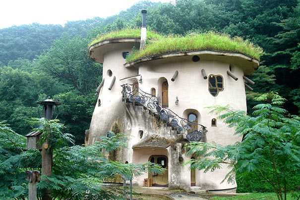magical-fairy-tale-houses-dreamlike-architecture-5