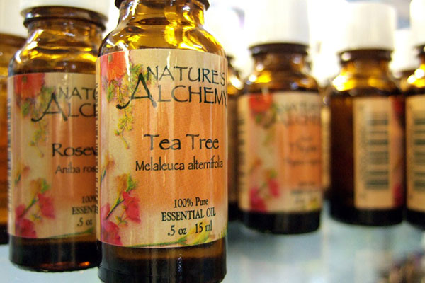 The Miracle Of Tea Tree Oil: 80 Amazing Uses For Survival 1