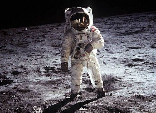 Apollo 11 UFO encounter recounted by Astronaut Buzz Aldrin  105
