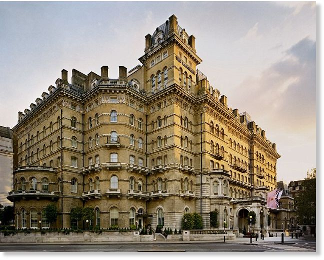 England's cricket team terrified after experiencing paranormal activity inside haunted Langham Hotel 18