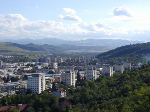 Hoia Forest and Grigorescu district, Cluj-Napoca, June 2005. (Roamata/Wikimedia Commons)