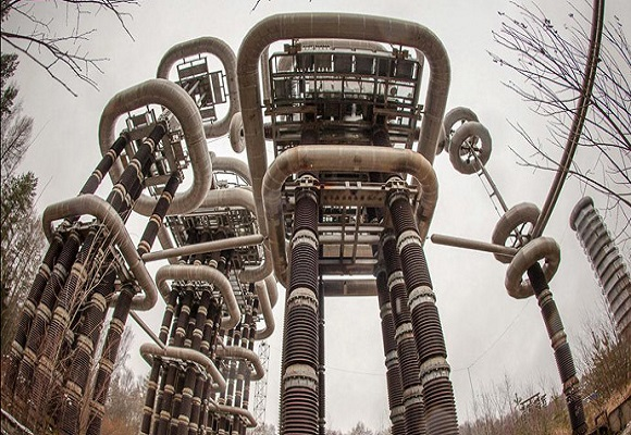 Electrifying Giant futuristic 'Tesla Tower' in abandoned woods near Moscow