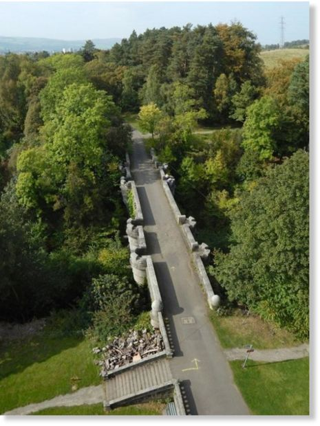 The mystery of the dog suicide bridge of Dunbartonshire, Scotland 4
