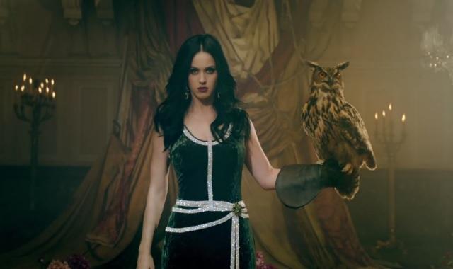 Katy Perry's Illuminati Half-Time Ritual Show EXPOSED! 8