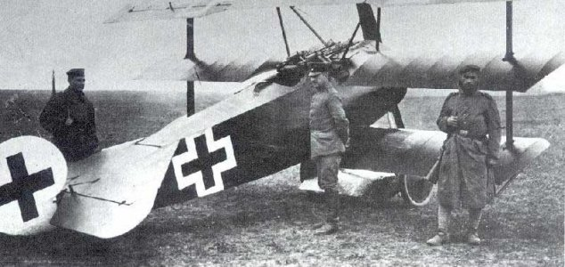 Did ace WWI pilot shoot down a UFO ? 16