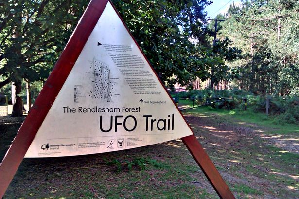 Britain's X-Files: Ministry of Defence accused of UFO COVER-UP after delaying MASSIVE RELEASE 4