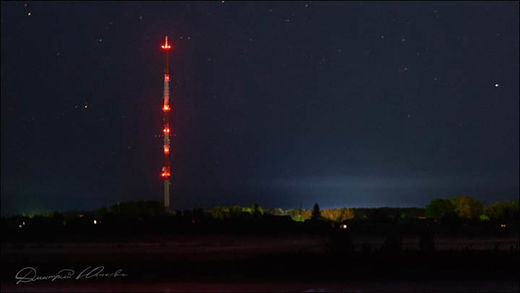 Mysterious red lights spotted over Russia 9