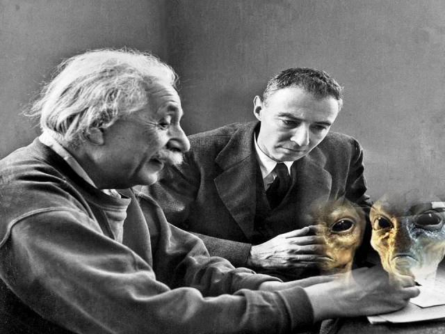 Oppenheimer And Einstein Wrote A Top Secret Document On Aliens And UFOs  12