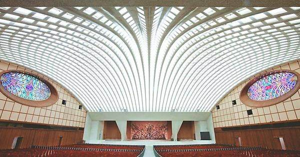 Inside the Pope's Reptilian Audience Hall in Vatican City 31