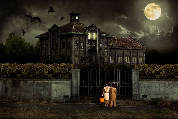 5 Most Common Signs that you're living in a Haunted House 97