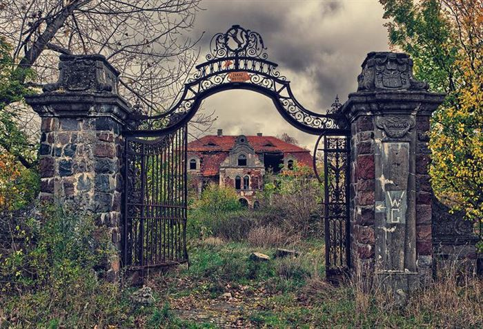 The Top 5 Scariest Places in the Philippines 16
