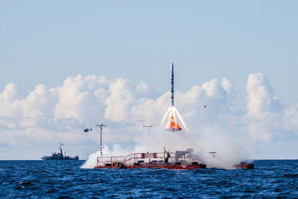 Open Source Outer Space: How A Couple Of Guys Are Building A Homemade Rocket Ship for the Masses 7