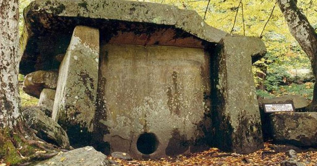 I never knew that Russia has these SHOCKING ANCIENT MEGALITHS 186