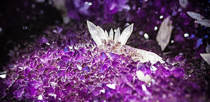 Can Crystals Really Heal? 92