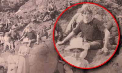 Does this 1917 photo prove time travel is possible? 97