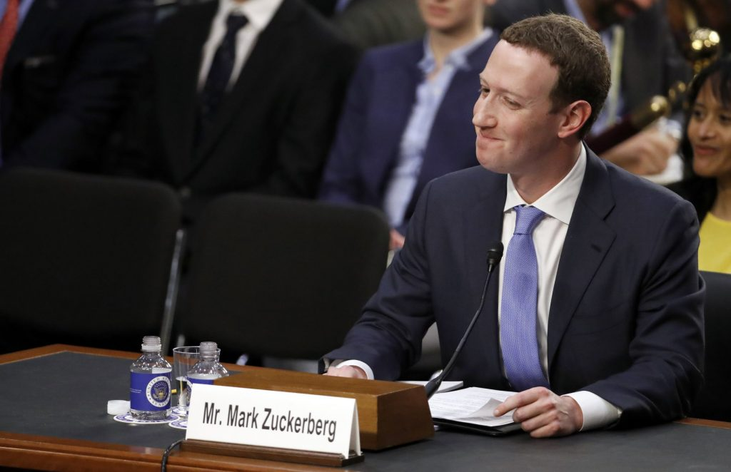 Zuckerberg Denies That Facebook Uses Your Phone's Microphone To Spy On You… Hmm 8