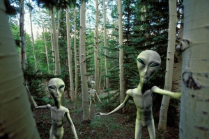Face-to-face meetings are being held between US officials and Extraterrestrial Races 12