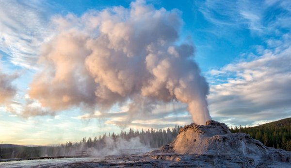 NASA Wants To Spend $3B Drilling Into Yellowstone Volcano, Risking Eruption 29