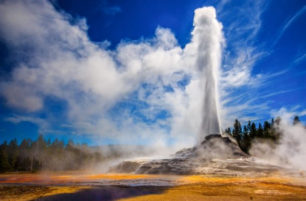 NASA Wants To Spend $3B Drilling Into Yellowstone Volcano, Risking Eruption 24