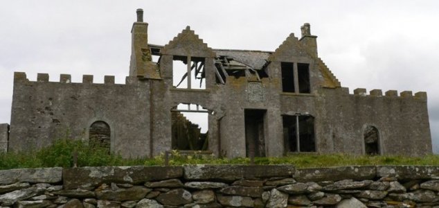 Fire erupts at Shetland's most haunted house 15