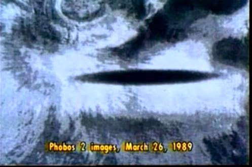 """What Happened To Phobos II? Russian Cosmonaut & U.S. Army Remote Viewers Say Something """"Alien"""" Did 92"""