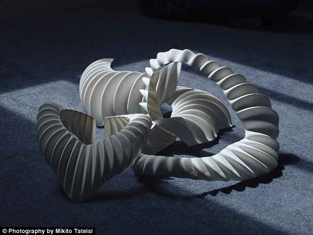 3D printed set of 'gills' could let humans live under water 7