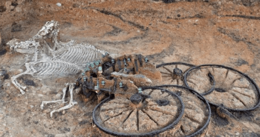 2,500-Year-Old Chariot Found – Complete with Rider And Horses 93