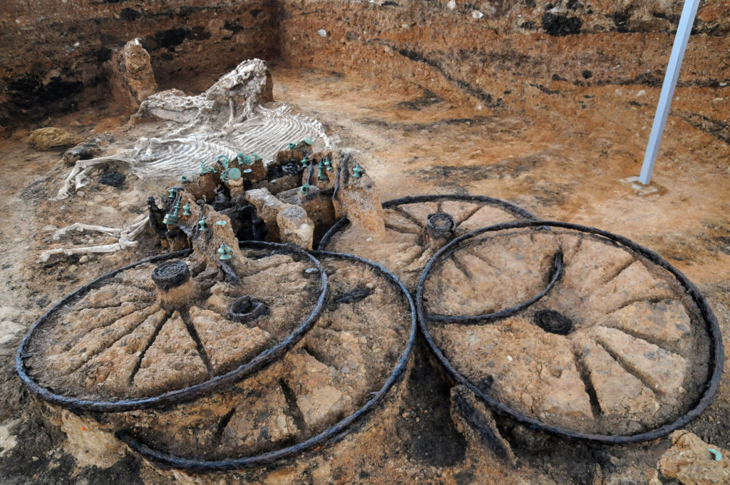 2,500-Year-Old Chariot Found – Complete with Rider And Horses 7