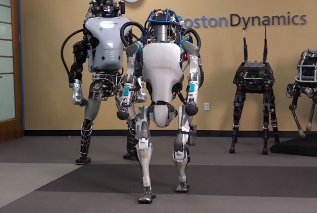 Boston Dynamics video shows its humanoid robot running and jumping over obstacles 1