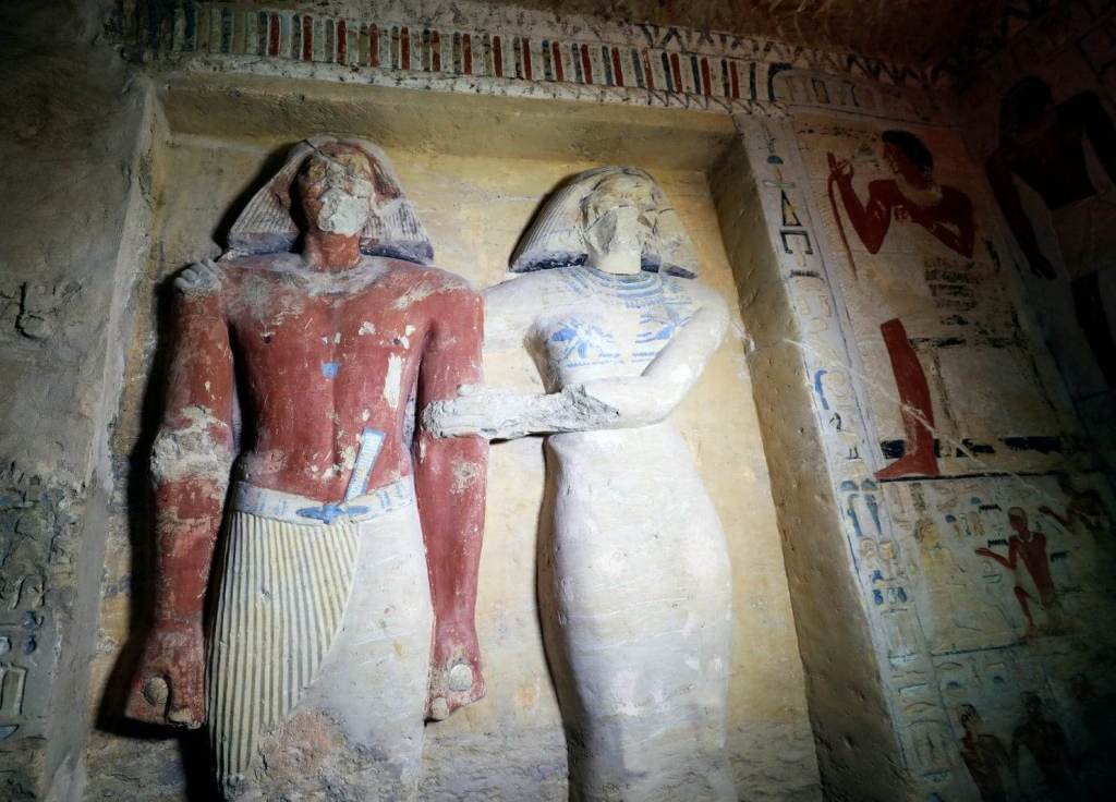 Stunning Photos Show 'One of a Kind' 4,400-Year-Old Tomb Just Discovered in Egypt 28