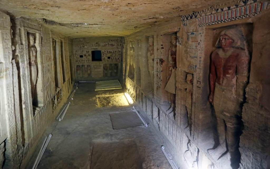 Stunning Photos Show 'One of a Kind' 4,400-Year-Old Tomb Just Discovered in Egypt 32