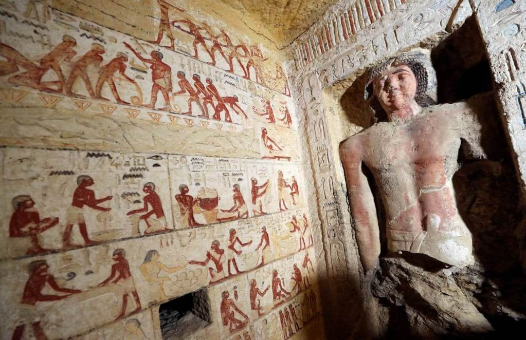 Stunning Photos Show 'One of a Kind' 4,400-Year-Old Tomb Just Discovered in Egypt 34