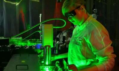An Ultrafast Camera Filmed Electrons Interacting With Light Energy 89