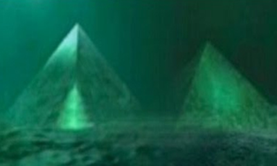 Two Giant Underwater Crystal Pyramids Discovered in the Center of the Bermuda Triangle 97